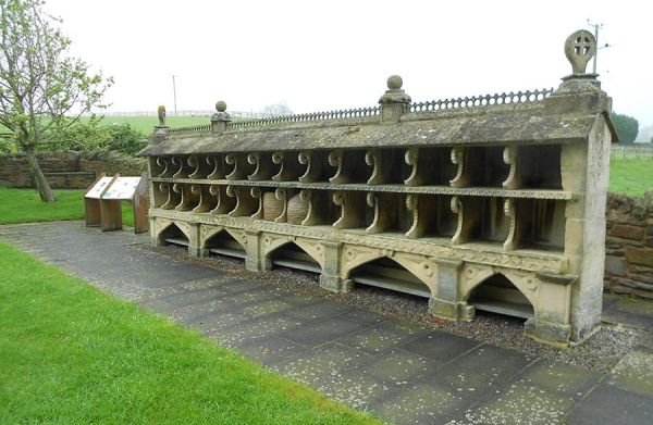 Bee shelter, Hartpury, Gloucestershire